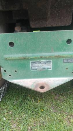 Photo John Deere 325 mower and snowblower - $1,250 (St. Joseph)