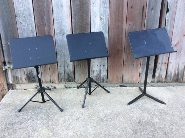 Photo Metal Music On Stage Stands - $30 (DecaturFt Wayne, IN)