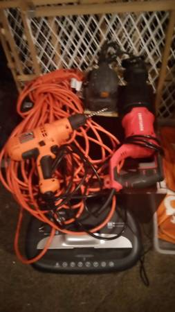 Photo (New) Craftsman Salsaw ,(New)Black and Decker Drill (New)100ft Extension cord 2 - $140 (Benton Harbor)