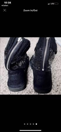 Photo Pink Victorias Secret bling boots - $50 (Cassopolis)