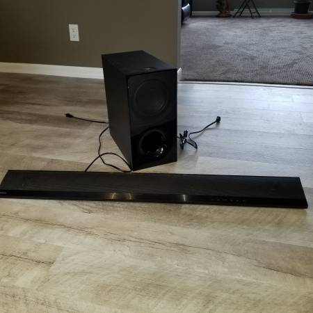 Photo SONY Soundbar with wireless Subwoofer - $60 (Saint Joseph)