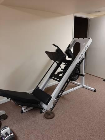 Photo Squat Machine - $500 (Bridgman)