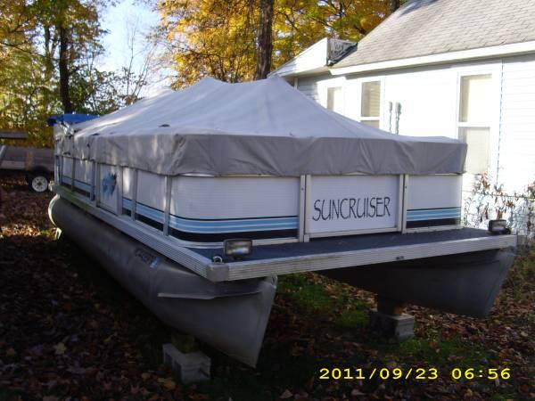 Photo Suncruiser pontoon - $3,500 (coloma)