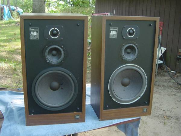 Photo Vintage Acoustic Research AR-48S Speakers Pair,NICE - $550 (ColomaMichigan)