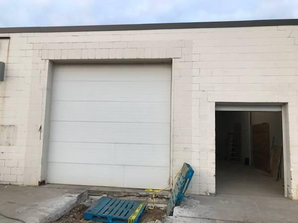 Photo garage doors - $450 (Grand Rapids SW)