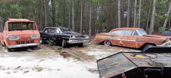 Photo 1959 Ford Custom 300 parts - $1,500 (Wagener)