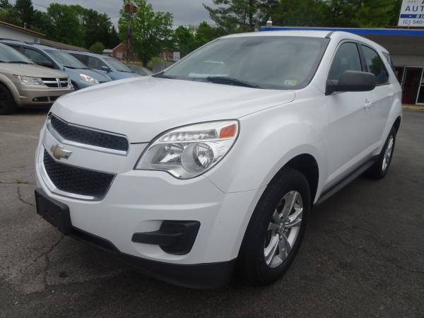 Photo 2015 Chevy Equinox 1LT AWD, Immaculate Condition  90 Days Warranty - $8,499 (Roanoke)