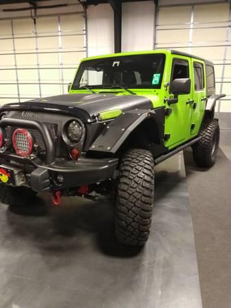 Photo Custom 2012 Jeep Rubicon Unlimited - $66,500 (Lewisburg)