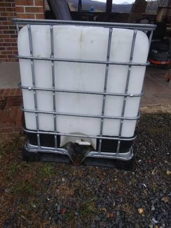 Photo Fresh water tank - $100 (Honaker, VA 24260)