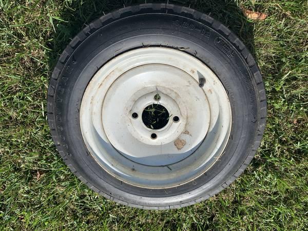 Photo Trailer Rim and Tire 4 lug 4.80 x 12 - $25 (Roanoke)