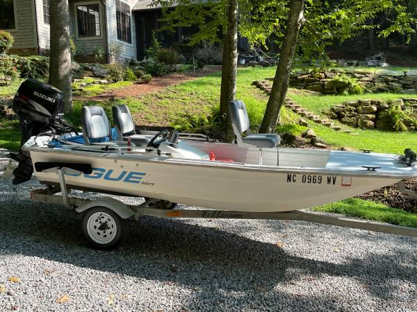 Photo 2000 Rougue open bow 14quot Fishin Boat - $3,700 (Mills River)