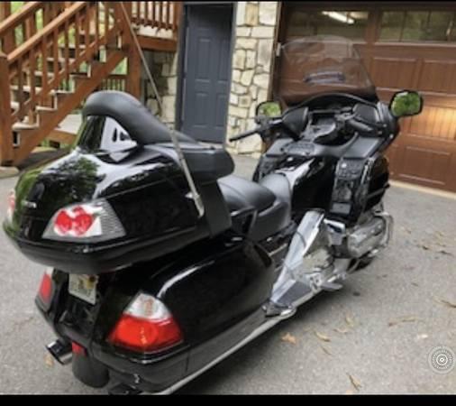 Photo 2008 Honda Goldwing GL1800-LOW MILEAGE - $10,900 (Waynesville)