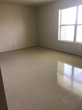 Photo 2 Bedroom Apartments for Rent - Christiansburg - Rent Based on Income (Christiansburg)