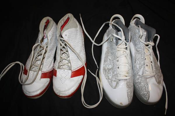 Photo 2 pair Nike Jordan sneakers - size 12 and 13 in good condition - $20 (CANDLER)
