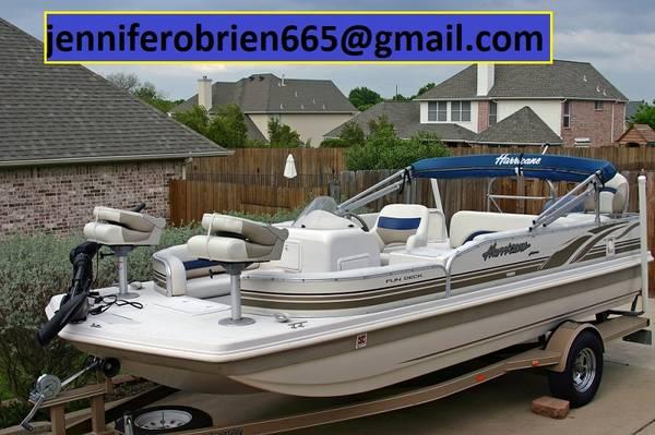 Photo --Hurricane-Deck Boat 198R-- - $1,509 (Beckley)