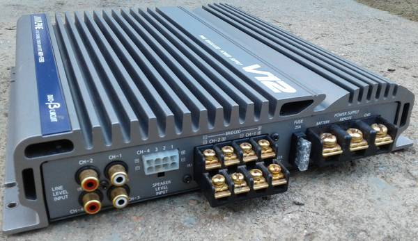 Photo Old school quotcleanquot , Focal passive crossovers, Audiocontrol - $1 (Spindale)