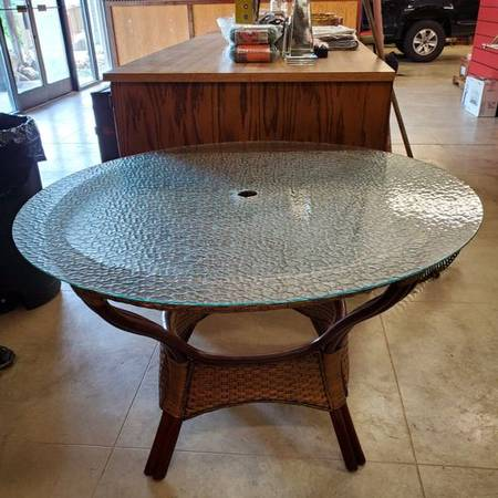 Photo Pier 1 Rattan Patio Table with Glass Top - $100 (Waynesville)