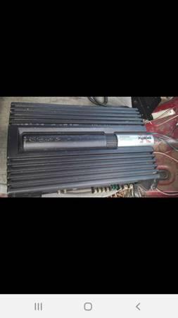Photo Sony Xplod 1000 watt  and two Sony Xplod 800 watts speakers - $75 (North Tazewell)