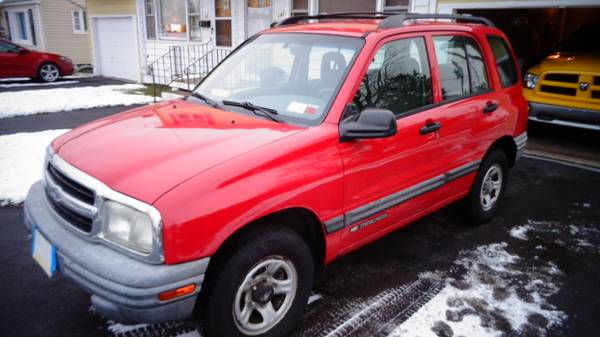 Photo 0339 CHEVY TRACKER 4x4 - $2900 (Liverpool)