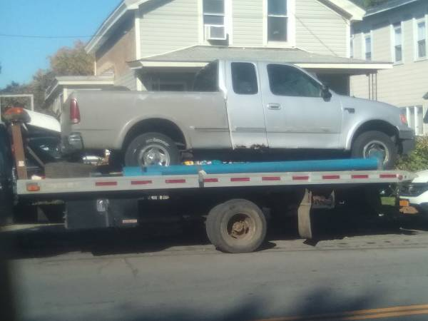 Photo 1997-2003 Ford f-150 box 6.5 ft - $300 (Syracuse)