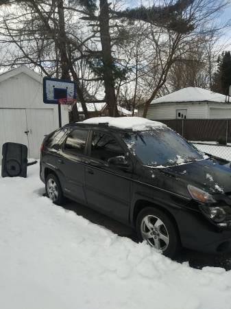 Photo 2005 Pontiac Aztek rally Edition - $1000 (Syracuse)