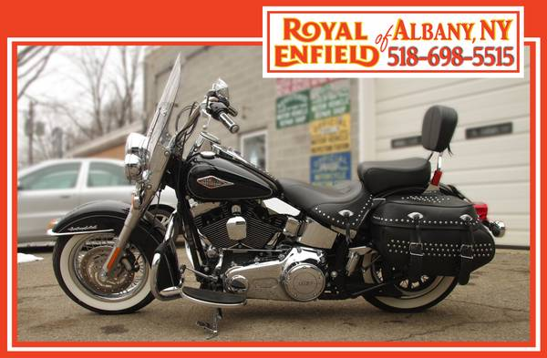 Photo 2013 Harley-Davidson Heritage Softail Classic  Black - $12,999 (Royal Enfield of Albany)