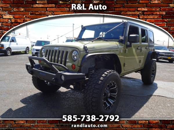 Photo 2013 Jeep Wrangler Unlimited Sport 4WD - $21,995 (Spencerport, NY 14559)