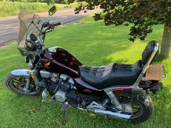Photo 2 Honda V65 Magna39s - $2500 (Onondaga)