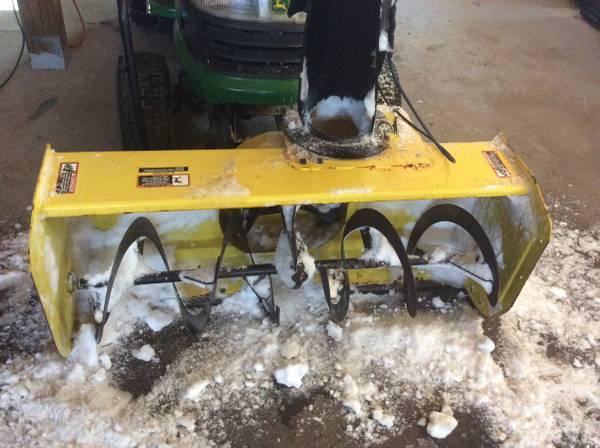 Photo 44 inches John Deere snowblower attachment 2 stage - $625 (Watertown)