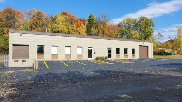 Photo BUILDING FOR SALE - $350,000 (359 Northern lights drive, Syracuse)