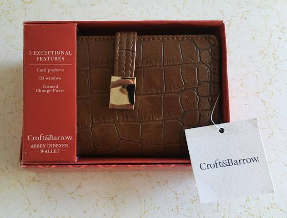 Photo Brand New In Box Ladies Croft  Barrow Brown Leather Wallet Cost $32 - $10 (Sylvan Beach)