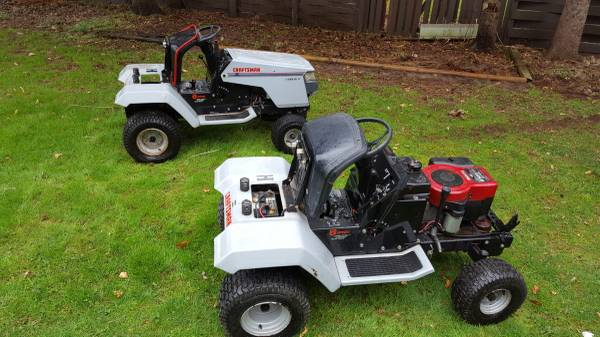 Photo Craftsman 12 HP Lawn Tractor - $200 (Liverpool)