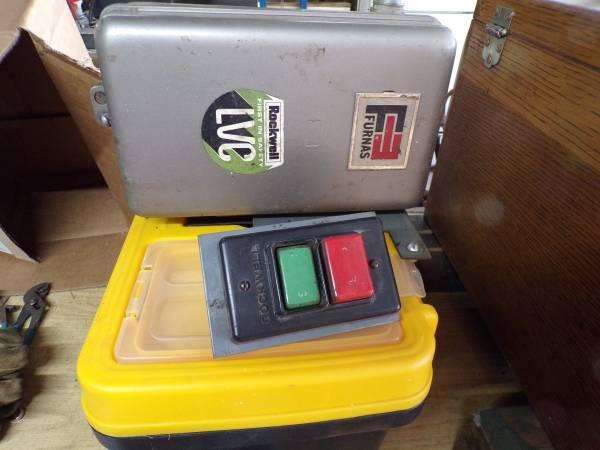 Photo Delta Rockwell Motor and switches 3 ph - $100 (Auburn)