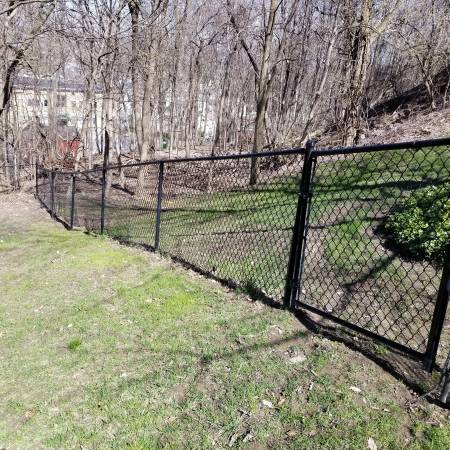 Photo Free Chain Link Fencing (Solvay)