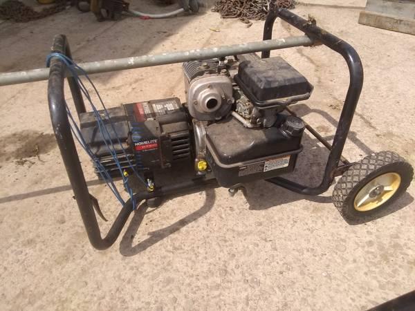 Photo Homelite 2500 Watt Generator - $100 (Memphis)