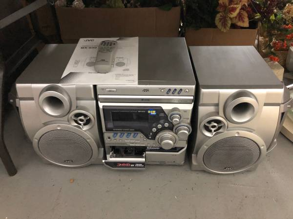 Photo JVC MX-G50 Compact Stereo System - $100