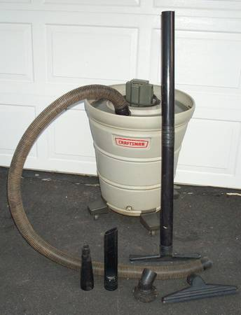 Photo Large SEARS CRAFTSMAN Industrial Type Wet Dry Shop Vac - $65 (Syracuse, NY)