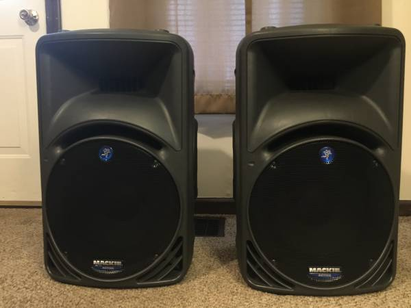 Photo Mackie SRM450 V1 Speaker Pair - $550