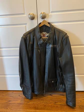 Photo Mens Harley Davidson Leather Jacket XL - $159 (Manlius)