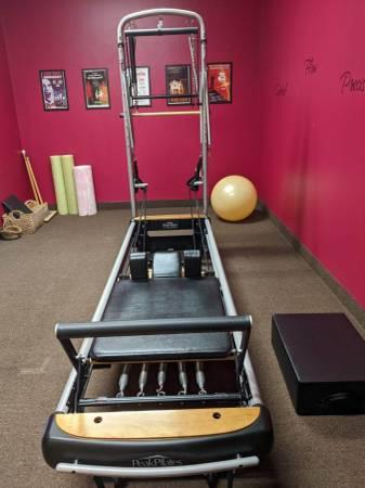 Photo Peak Pilates MVe Reformer Tower - $4,500 (Cicero)