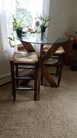 Photo Pier 1 glass top table and 2 stool - $175