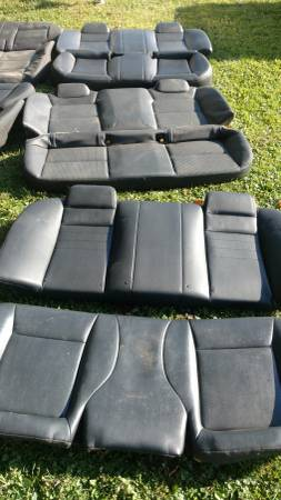 Photo Police car parts, crown vic, charger, explorer, taurus, - $1 (pennellville)