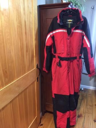 Photo Snowmobile Suit Cabelas Mens Large - $50 (Homer)