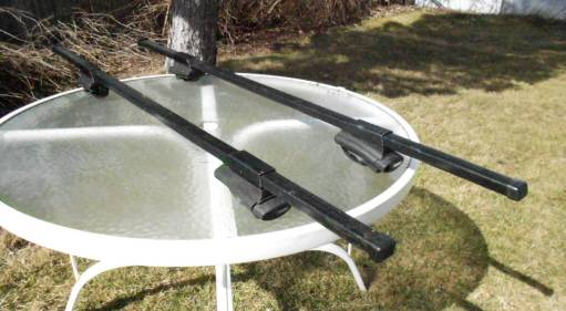 Photo Thule roof rack with 450, for siderails SUV, VAN, WAGON - $135 (syracuse)