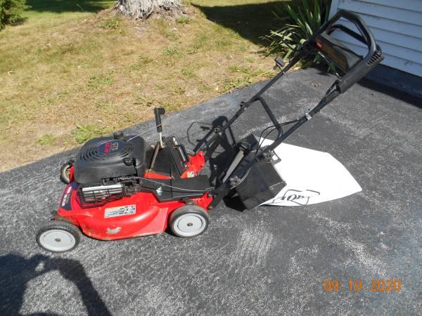 Photo Toro Commercial Mower - $200 (KIRKVILLE)
