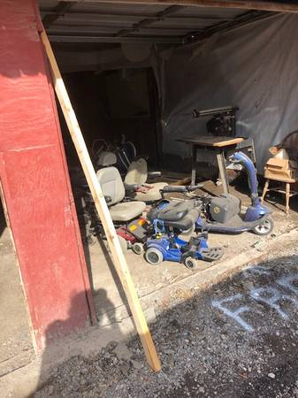 Photo UPDATE junk yard of scooters and power wheel chairs HELP YOURSELF (Old Lenox Factory midler ave, eastwood)