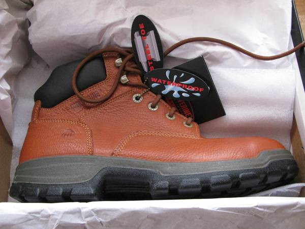 Photo Wolverine steel toe work shoes boots - $65 (Cicero)
