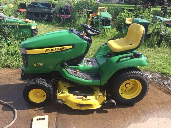 Photo X500 garden tractor with snowblower - $3,800 (Hannibal)