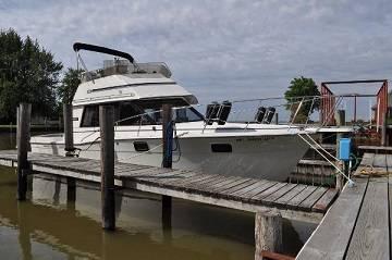 Photo )) 1984 Sea Ray 340 Sundancer )) - $10,000 (syracuse)