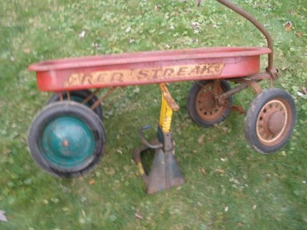 Photo vintage RED STREAK WAGON (Baldwinsville n y)